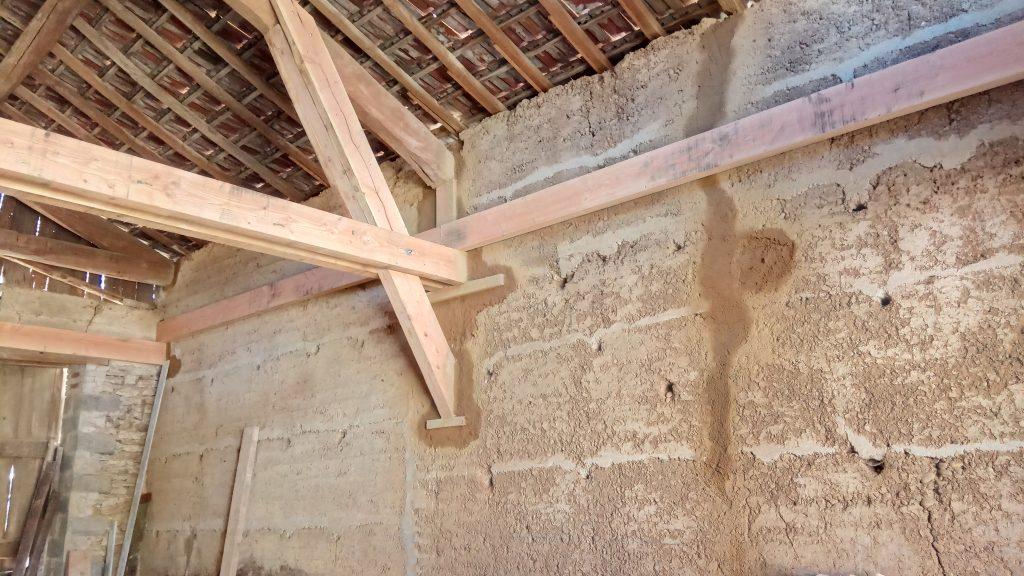 Reprise de la structure d'une grange en vue de l'agrandissement d'un studio d'enregistrement